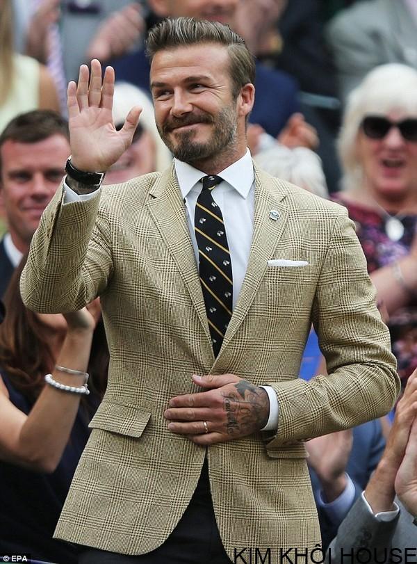 Beckham mặc vest