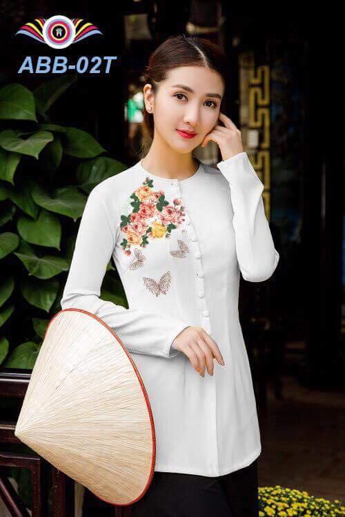 Bà ba in 3D lụa cao cấp màu trắng hoa lá