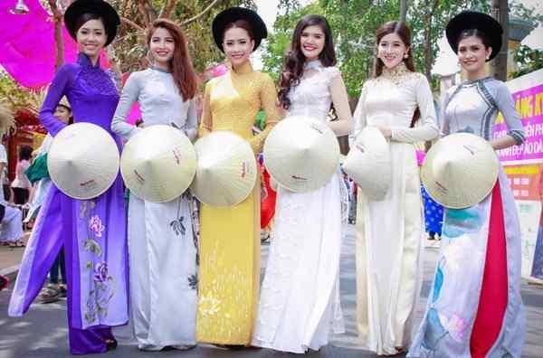 Cho thuê trang phục áo dài tại Kim Kh6i Shop