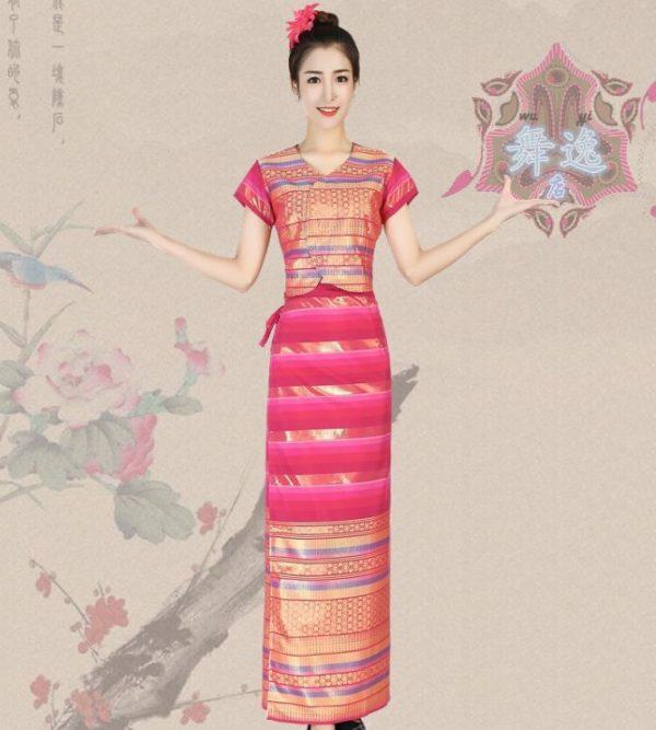 Trang phục Thái Lan hồng