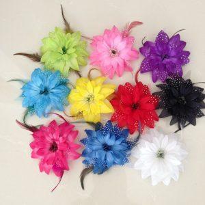 Hoa cài tóc lông vũ